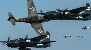 10 Best WWII Aircraft Flybys Of 2018 End Of The Year Recap
