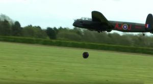 Watch This Massive Rc Lancaster Drop The Bouncing Bomb – Dam Busters Galore