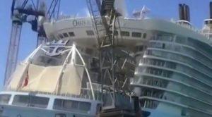 Massive Crane Just Collapsed Through A Billion Dollar Cruise Ship