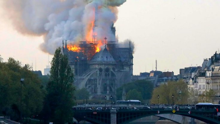 LIVE | Notre-Dame, Which Marked End Of WWII, Is Currently On Fire | World War Wings Videos