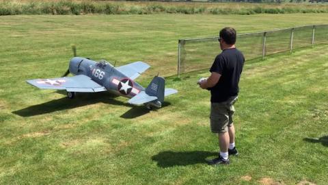 "Hellcat 121"" Moki S300 | World War Wings Videos"