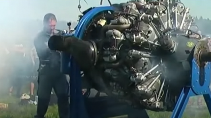 Listen To That Monster Wright R-3350 Duplex-Cyclone Engine | World War Wings Videos