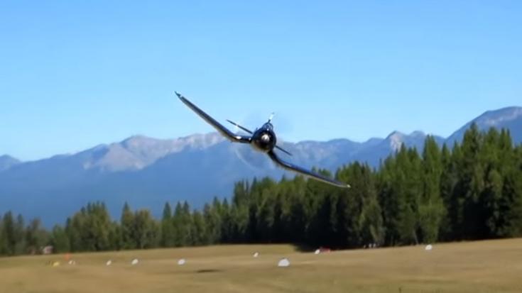 F4U Corsair LOW Pass- Gives Free Haircuts For Everyone | World War Wings Videos