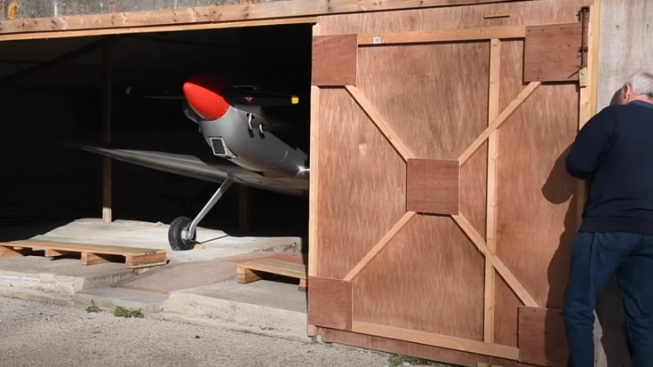 Meet Alan James who built a beautiful Spitfire replica in his Garage for $25,000